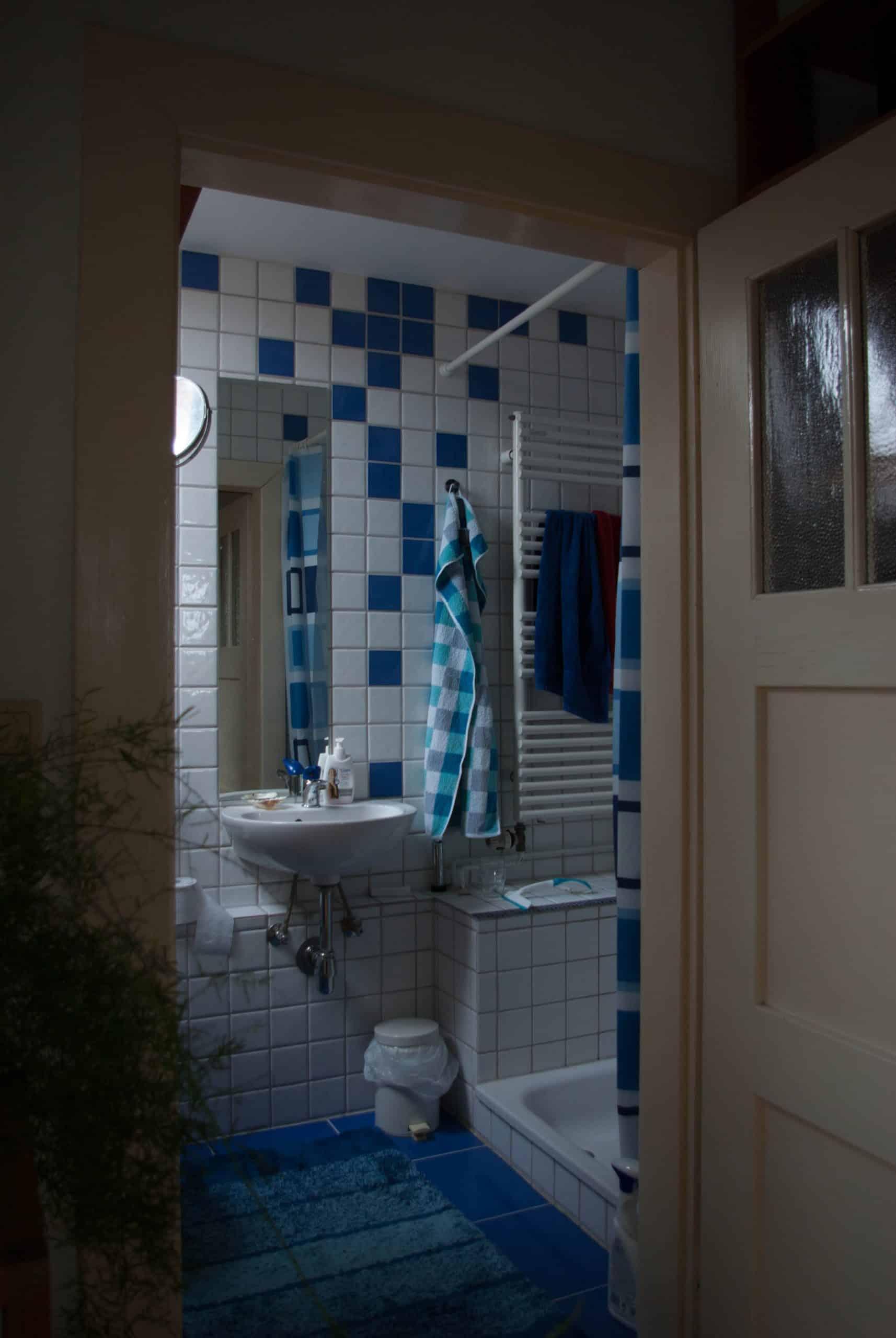Das Bild zeigt das Bad der Ferienwohnung Holunderstübchen