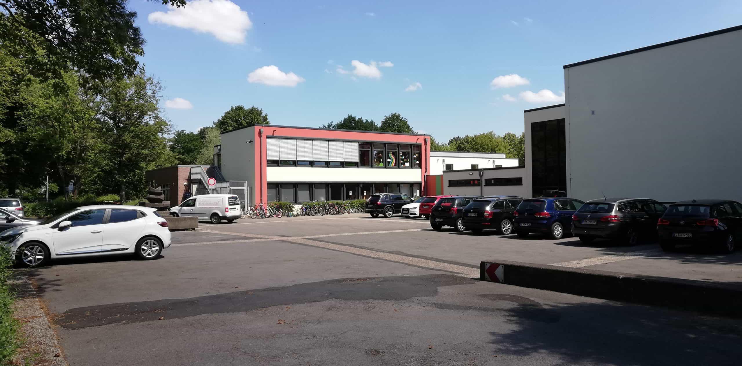 Das Bild zeigt die Grundschule Friedrichsfeld